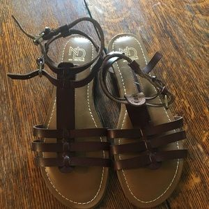 New directions sandals